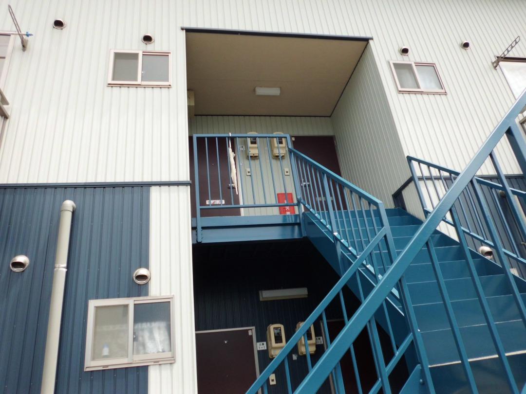 塗装工事 アパート 階段